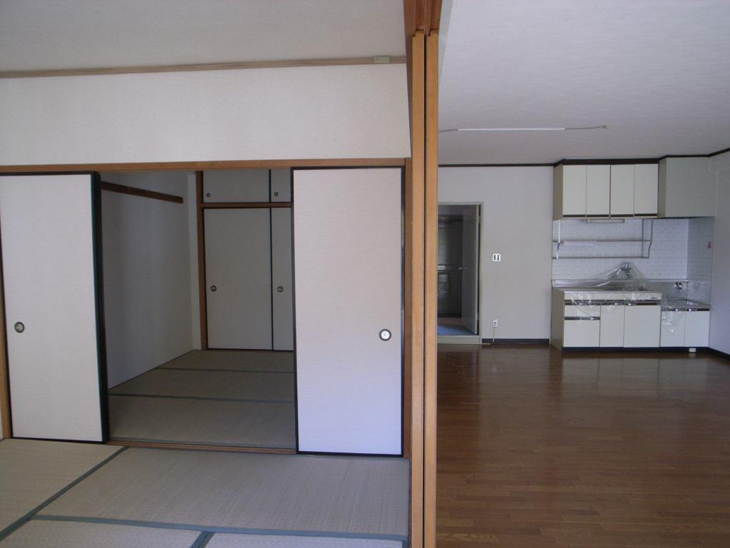 埼玉県武蔵浦和の中古マンションのリノベーション前のリビング